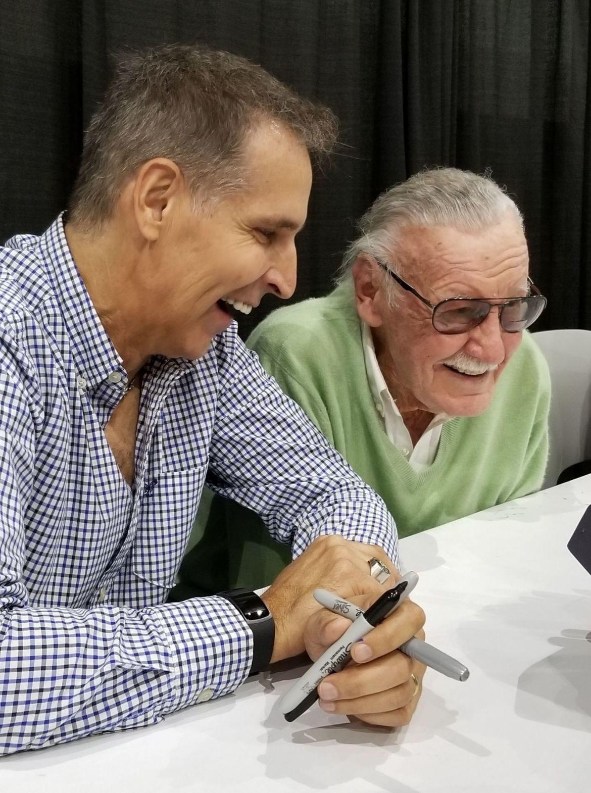 Mcfarlane Stan Lee smiling