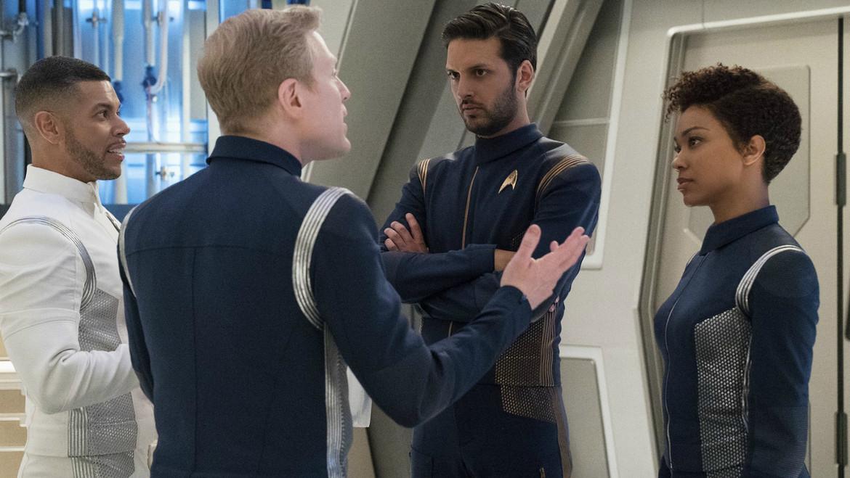 star_trek_discovery_uniform_variety