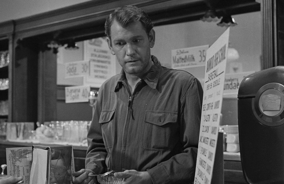 """The Twilight Zone Earl Holliman in """"Where is Everybody?"""""""
