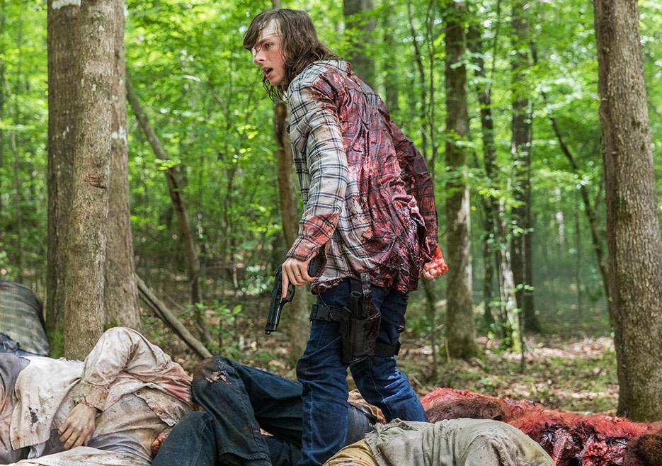 the-walking-dead-episode-806-carl-riggs-935.jpg