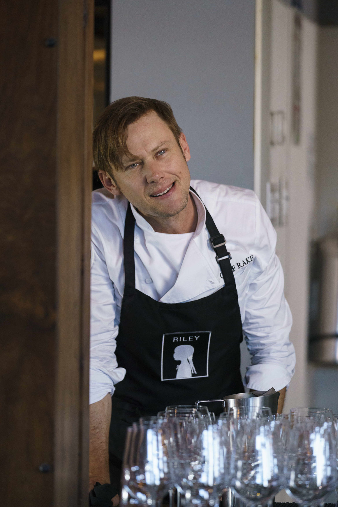 Into the Dark: Jimmi Simpson learned a lot by being
