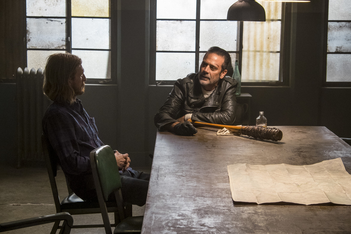 The Walking Dead episode 815 - Negan meets with Dwight