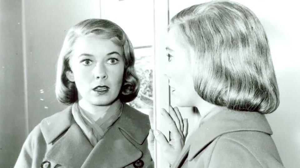 Twilight Zone Mirror Image hero 02