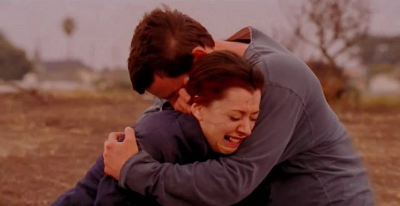 Willow Xander hug