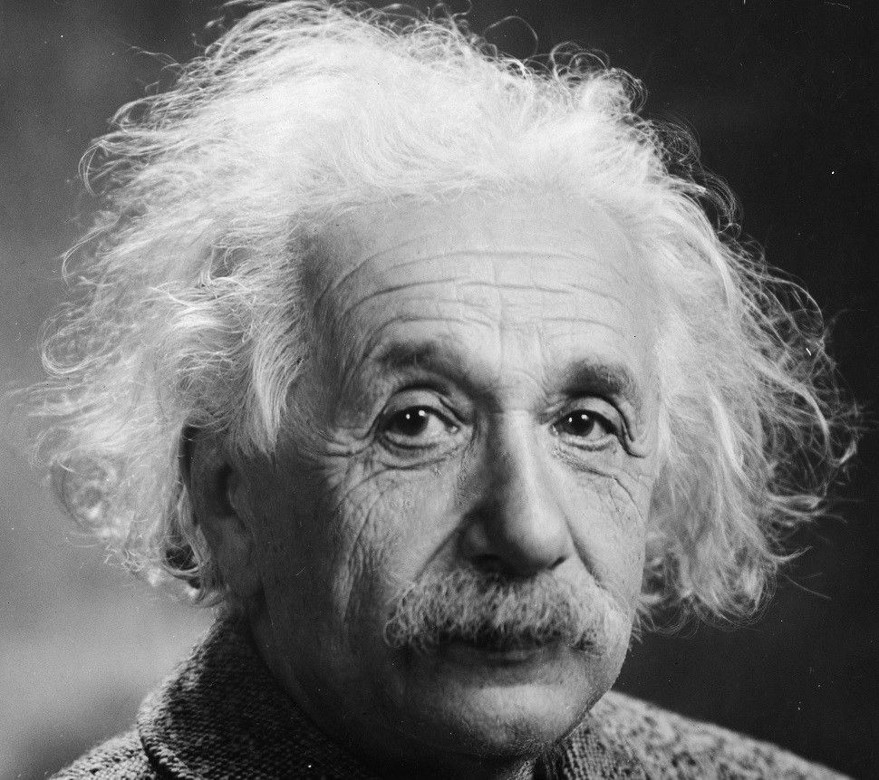Einstein_frayed_hair.jpg