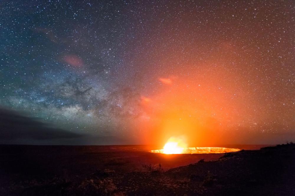 Kilauea plume and sky
