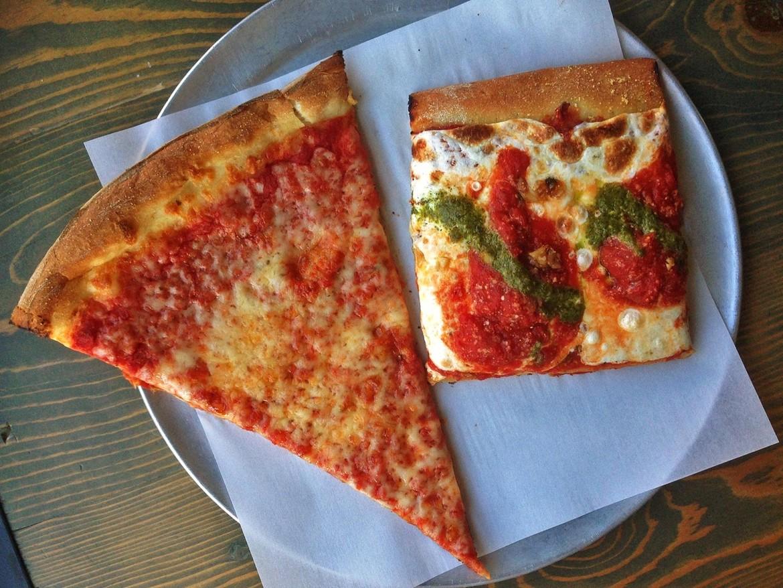 square_pizza_circle_pizza.jpg