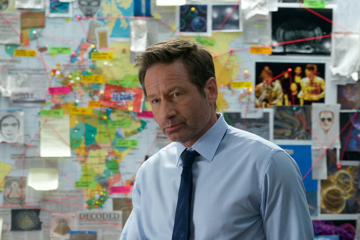X-Files - The Lost Art of Forehead Sweat - Mulder and his conspiracy board