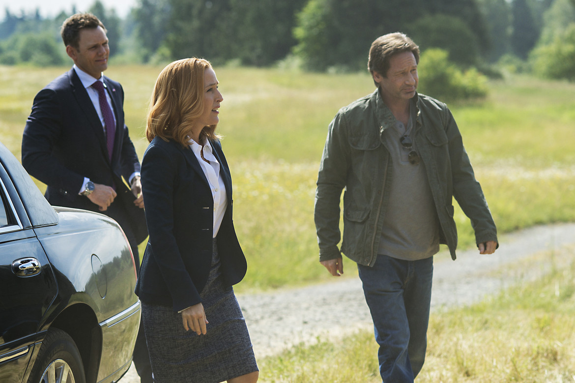 The X-Files episode 1001 My Struggle I - Mulder, Scully, and Tad O'Malley