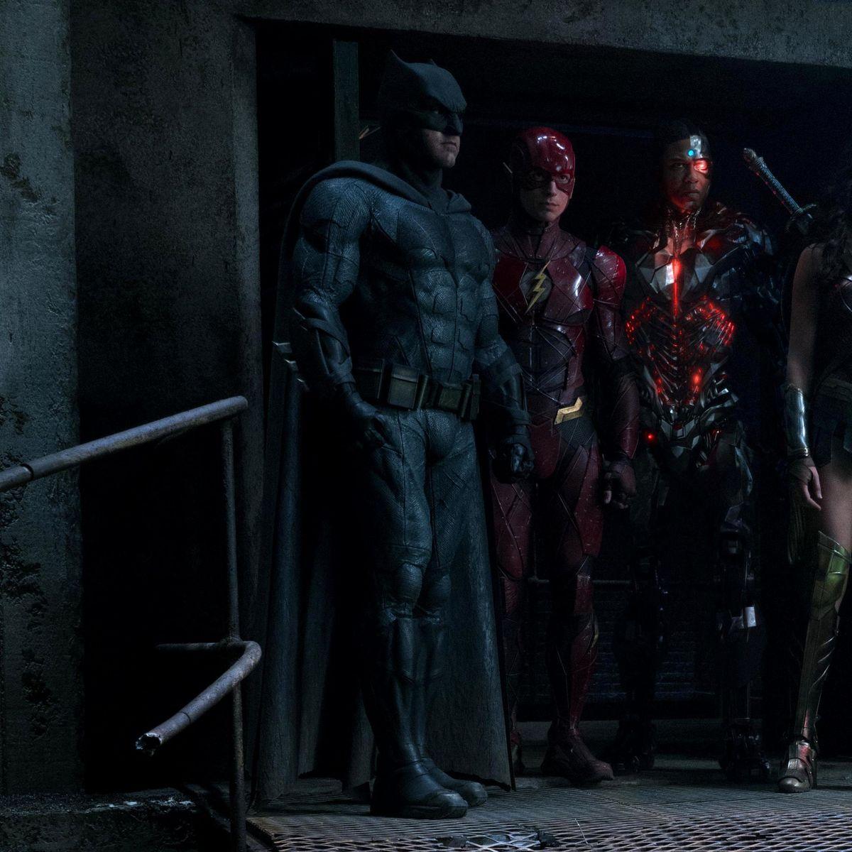 Justice-League-Empire-exclusive.jpg