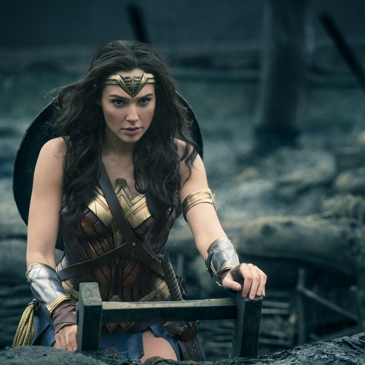 Wonder-Woman-Gal-Gadot.jpg