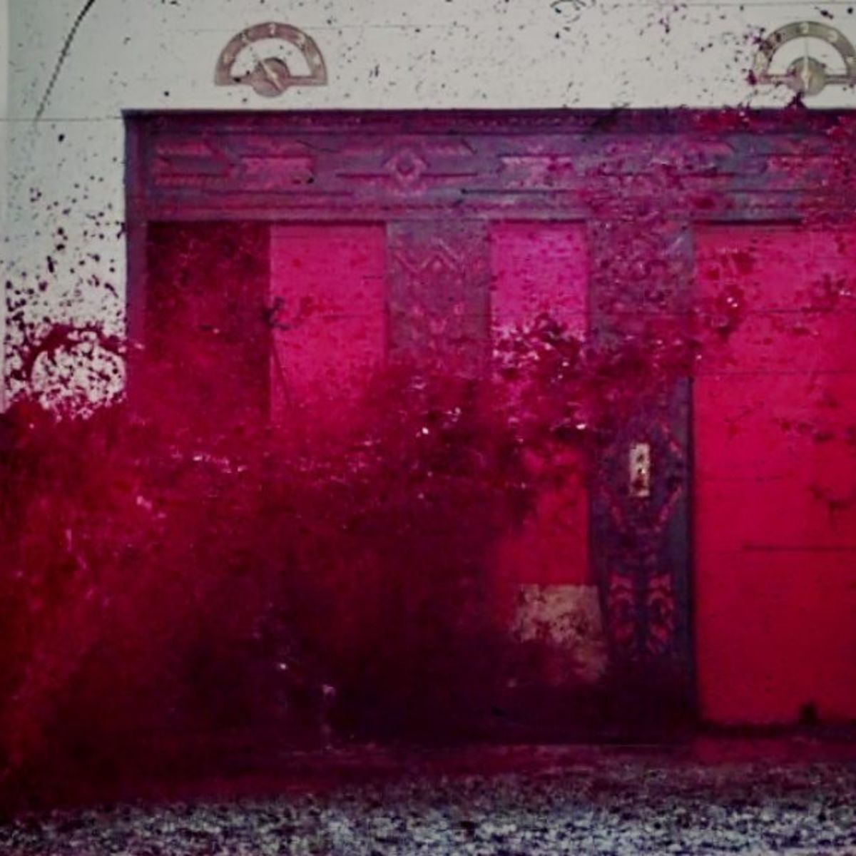 elevator-blood-flood-scene-the-shining1.jpg