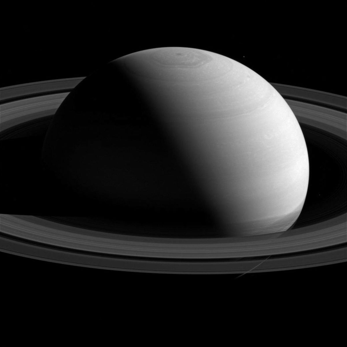 cassini_saturn_nasa.jpg