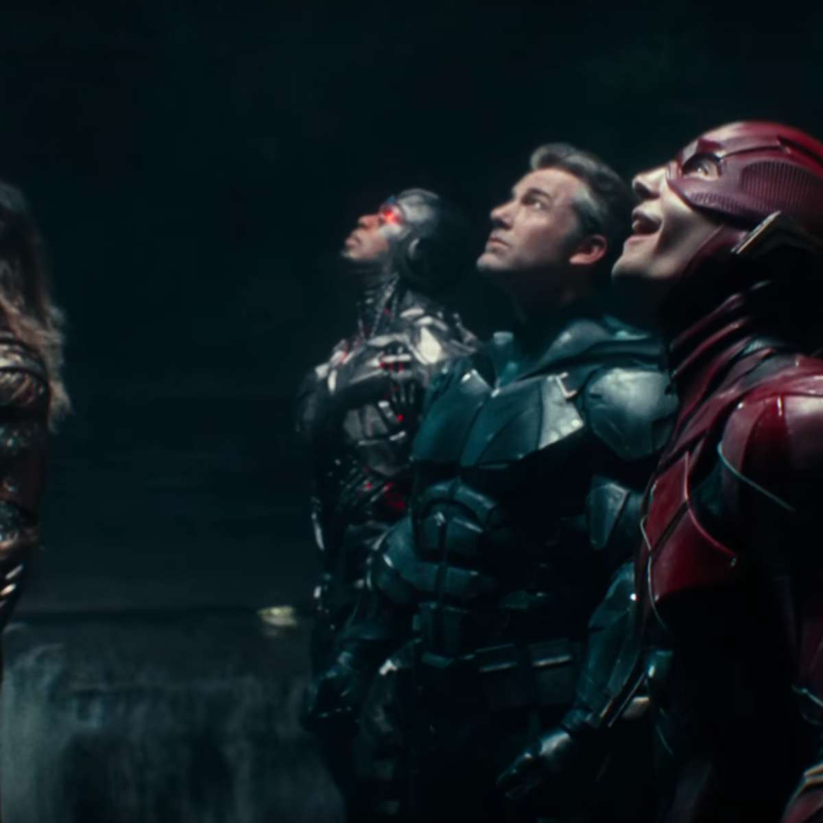 justice-league-promo-screengrab-syfywire.png