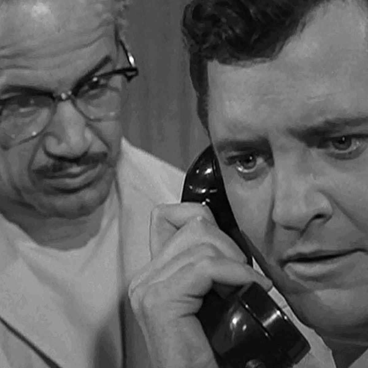 twilight_zone_person_or_persons_unknown_01.jpg