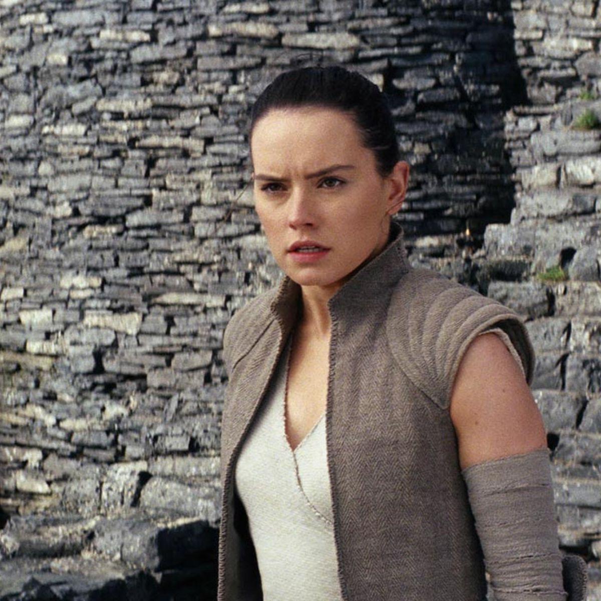 Star Wars: The Last Jedi- Daisy Ridley as Rey