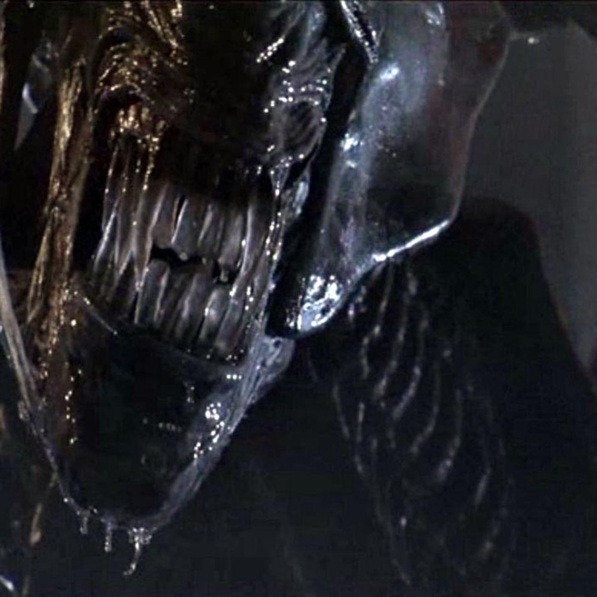 Aliens queen hero