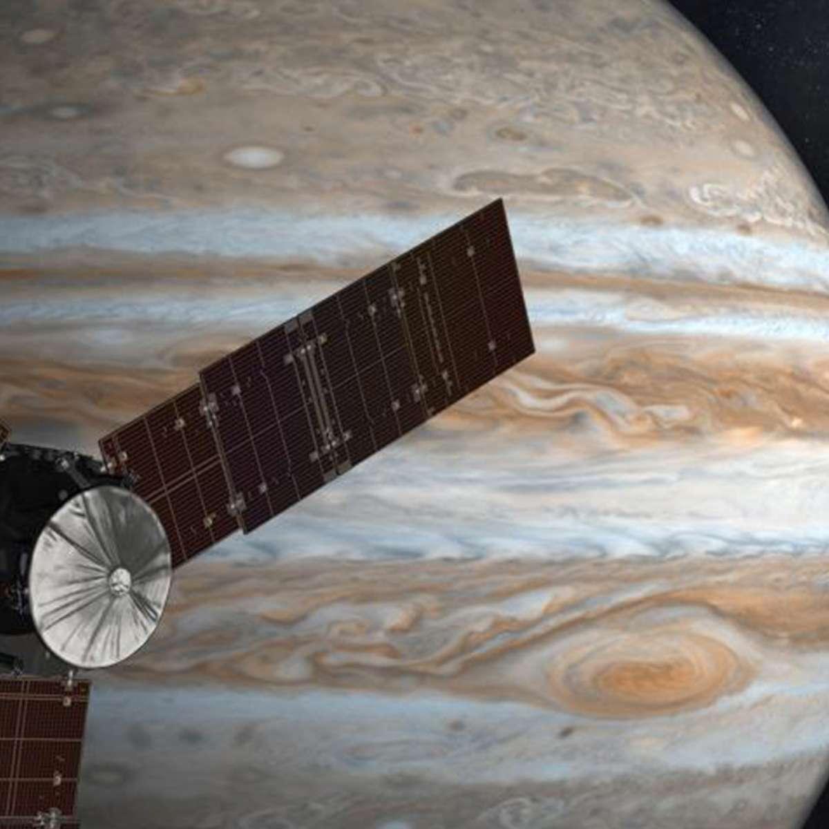 NASA image of Juno spacecraft