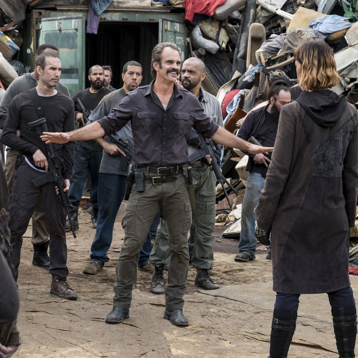 The Walking Dead episode 810 - Simon confronts Jadis and the heapsters