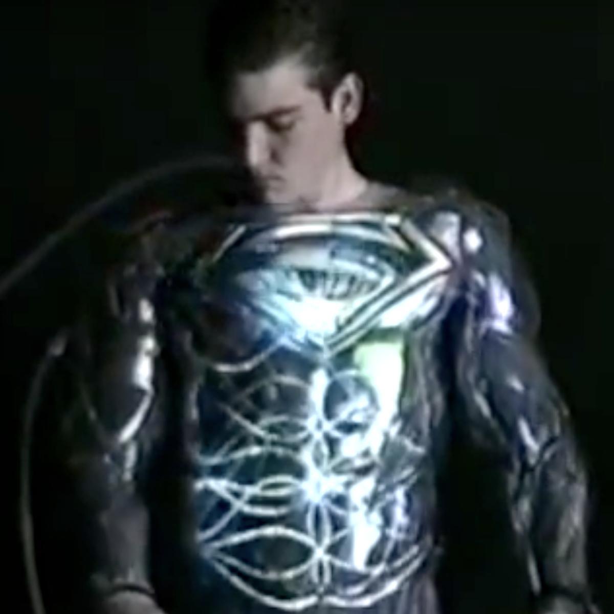 tim_burton_superman_suit_fx.png