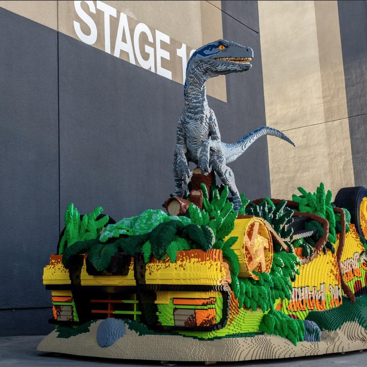 Jurassic World: Fallen Kingdom LEGO sculpt