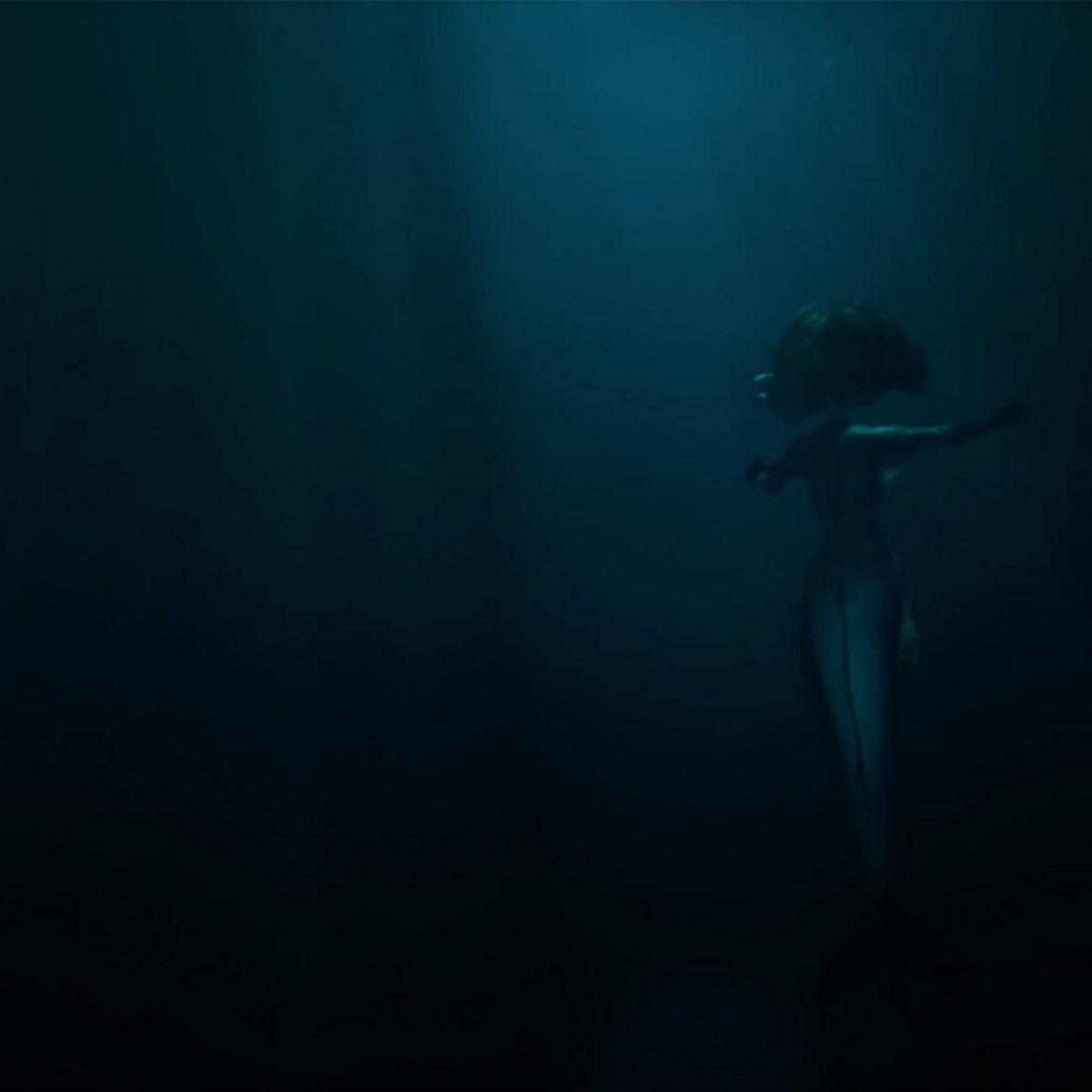 Eline Powell in Siren
