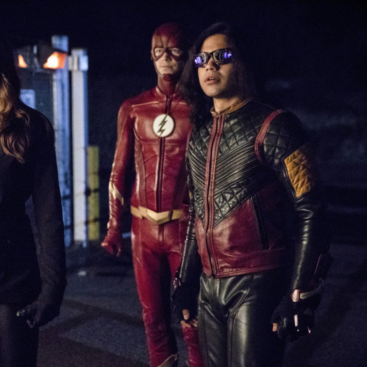 the_flash_barry_caitlin_and_cisco.jpg