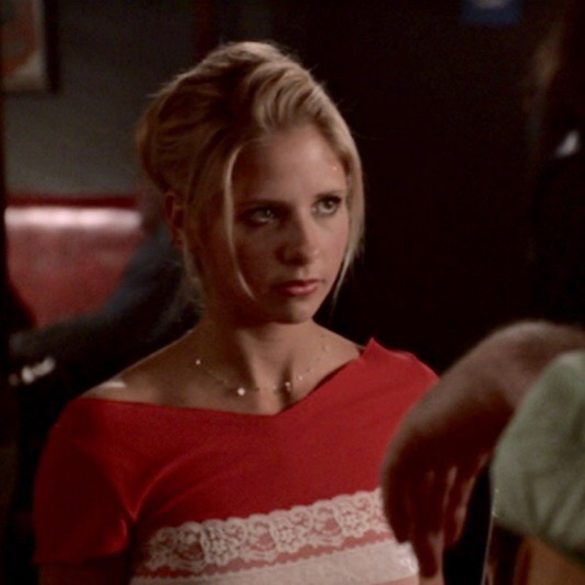 Yes, You Should Invest in That Buffy Comforter Youve Been Seeing Everywhere foto