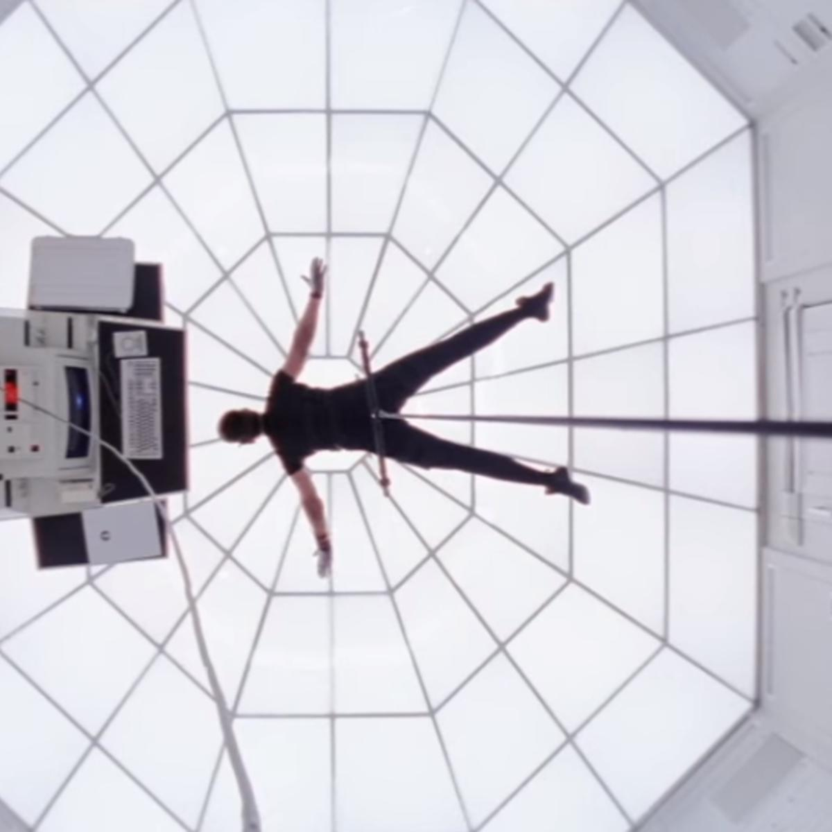mission impossible tom cruise screen grab.PNG