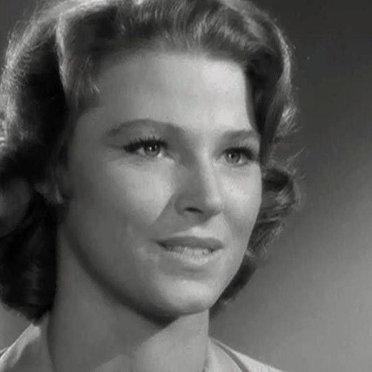 Twilight Zone The Long Morrow hero