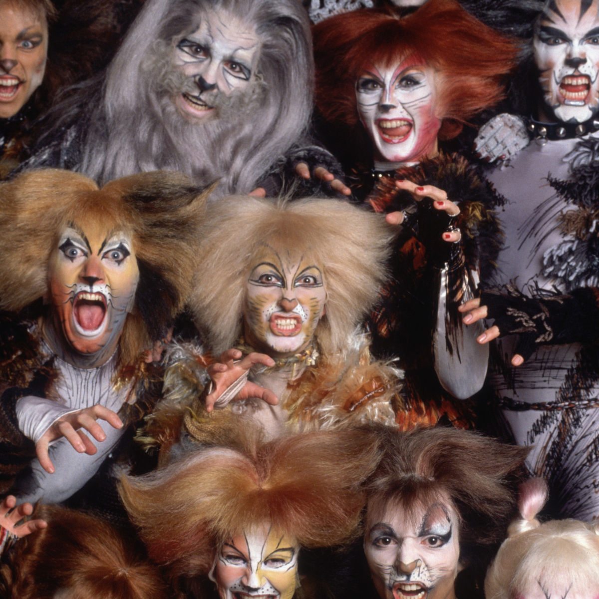 Taylor Swift, Jennifer Hudson, Ian McKellen reportedly join 'Cats' film adaptation