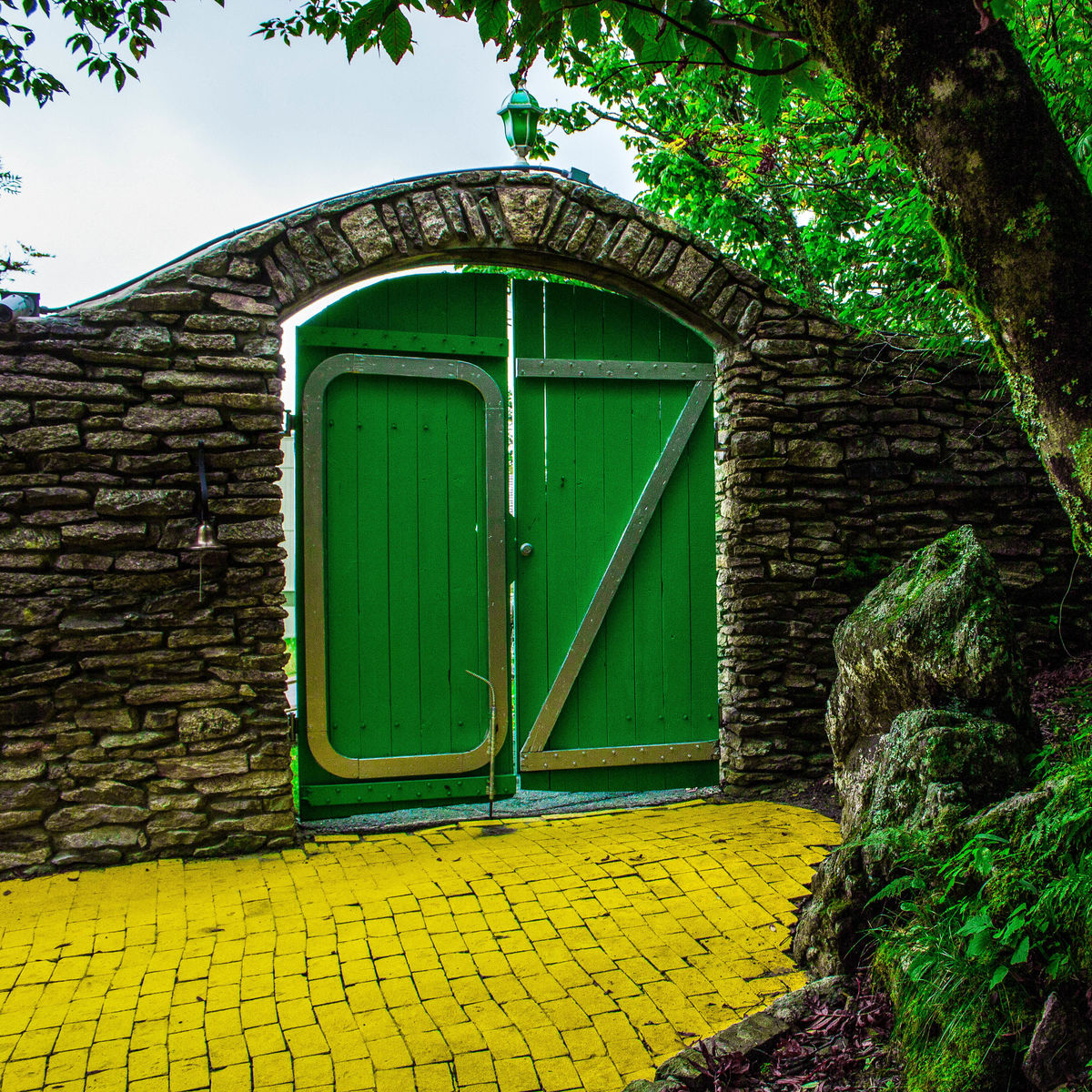 Geek Road Trip: Wizard Of Oz Theme Park In The Mountains