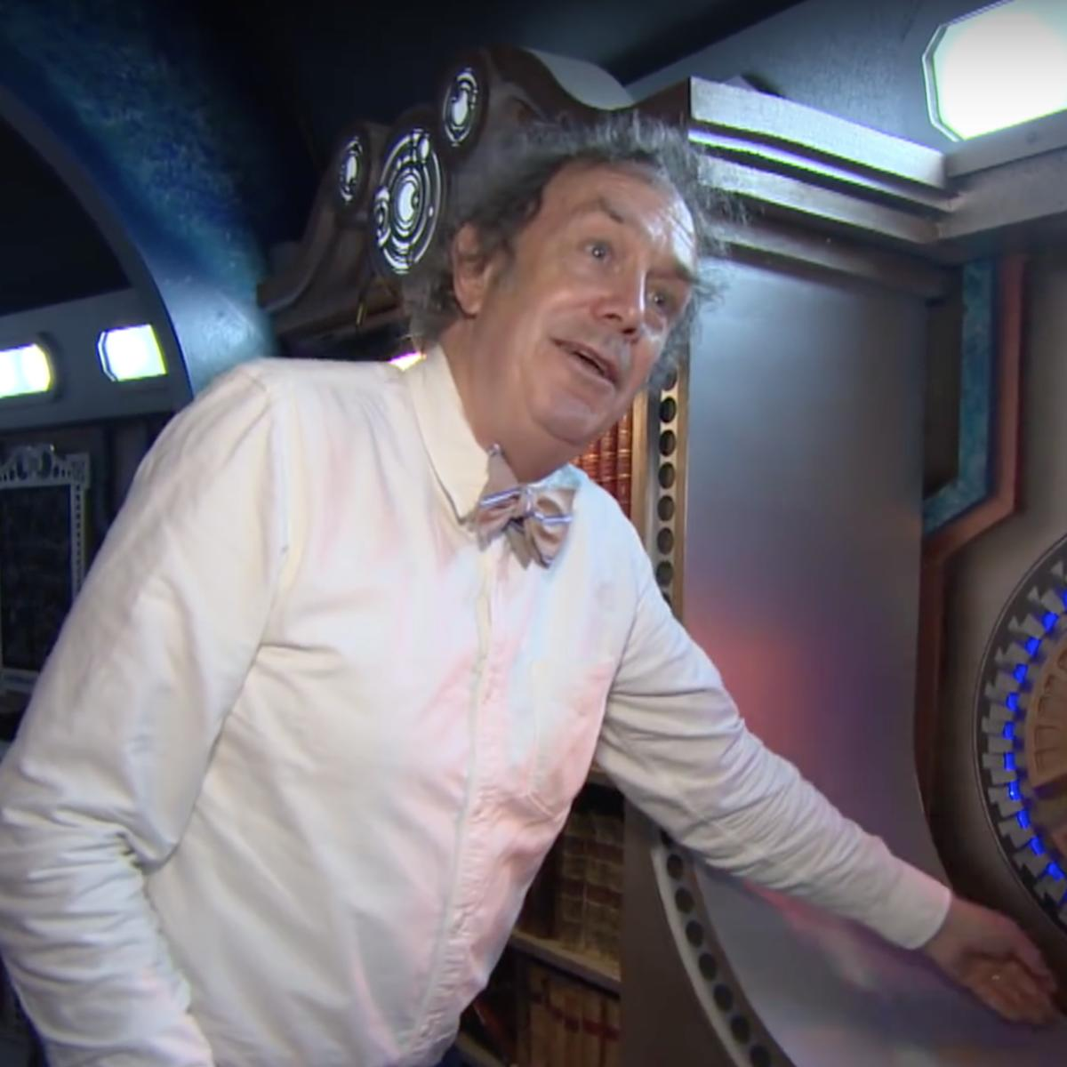 Michael Pickwoad on the set of Doctor Who
