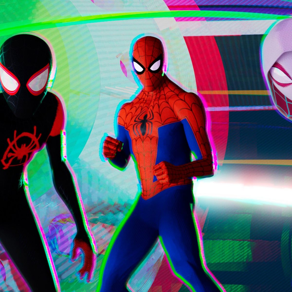 Audiences Flock to Spider-Verse, Abandon Mortal Engines