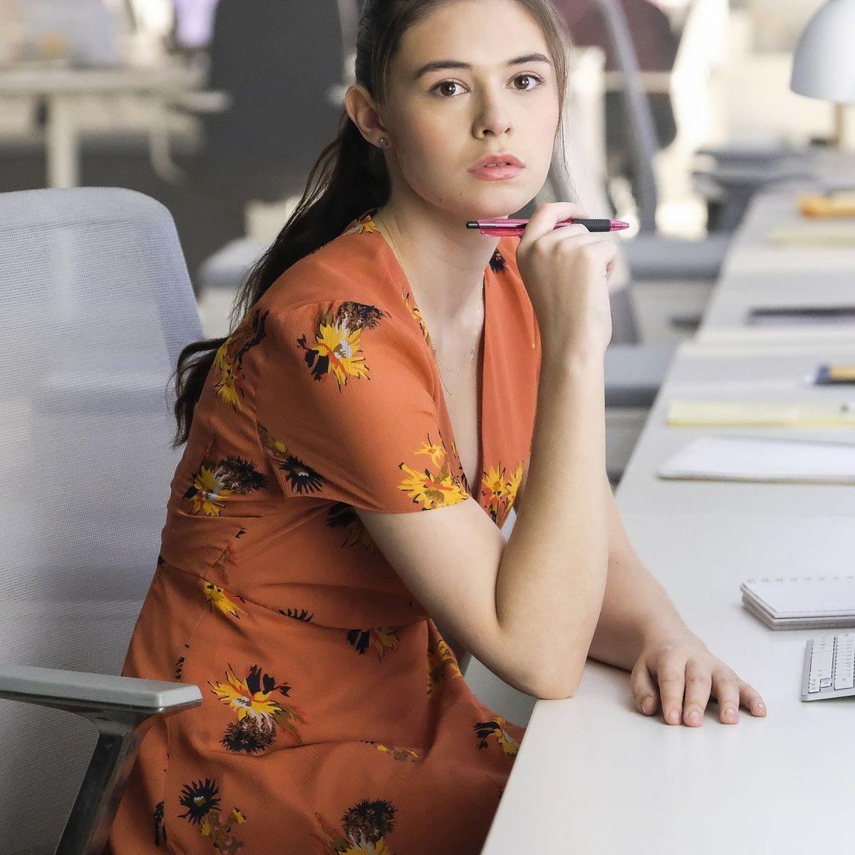 Supergirl Nicole Maines