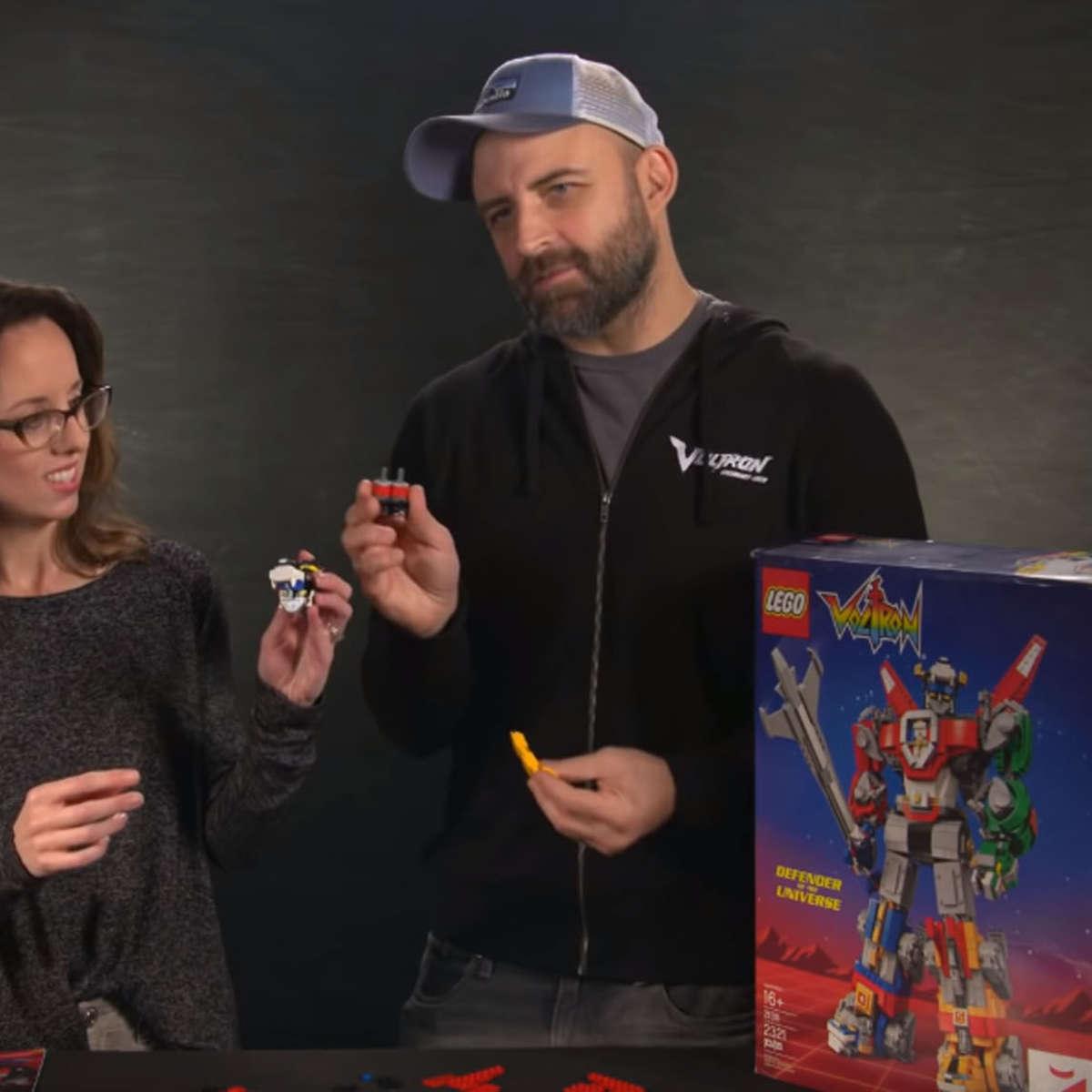 Voltron Showrunners Build a LEGO Voltron Head