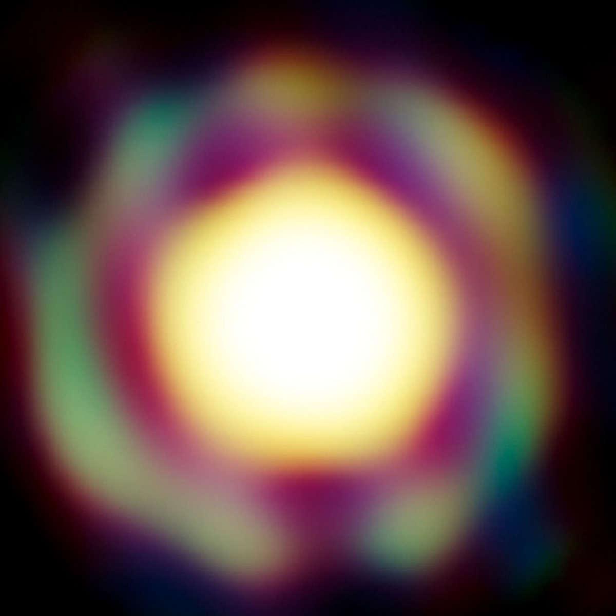 eso_The red supergiant star T Leporis, imaged using the VLTI array. Credit: ESO/J.-B. Le Bouquin et al.tleporis_hero