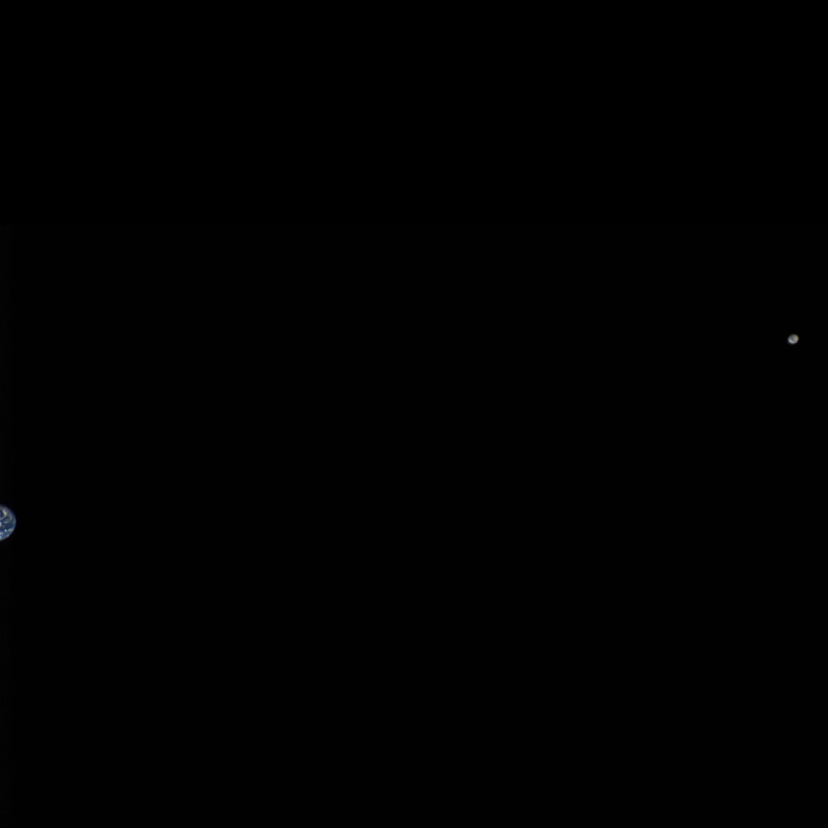 OSIRIS-REx's view of the Earth and moon from over 5 million km away. Credit: NASA/Goddard/University of Arizona