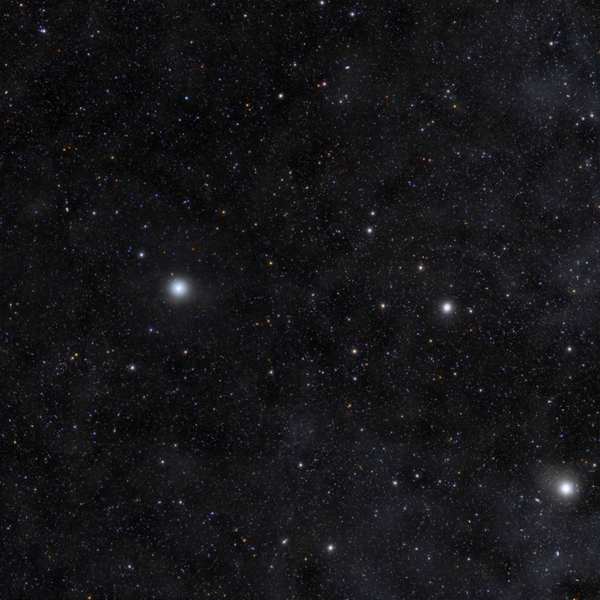 You may think you know the Big Dipper, but when you take a closer look it's not as familiar as you thought. Credit: Rogelio Bernal Andreo