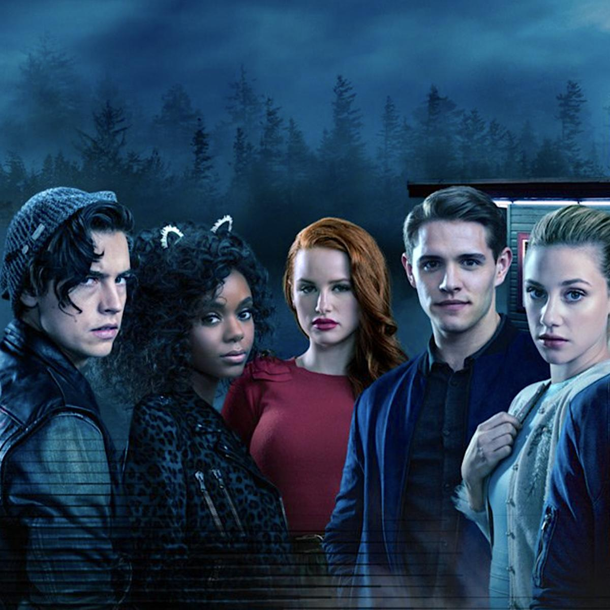 Riverdale unveils throwback looks as cast play their characters ...