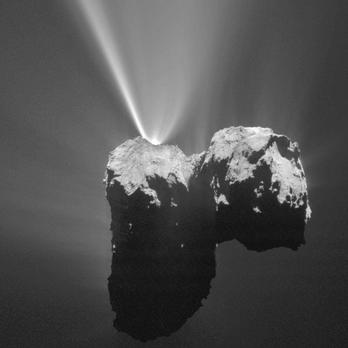 The comet 67/P Churyumov-Gerasimenko vents gas and dust into space. Credit: ESA/Rosetta/MPS for OSIRIS Team MPS/UPD/LAM/IAA/SSO/INTA/UPM/DASP/IDA