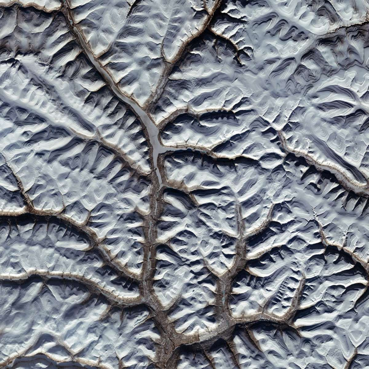 A view of a region of northern Siberia from the Sentinel-2A satellite… but all is not as it seems. Credit: ESA