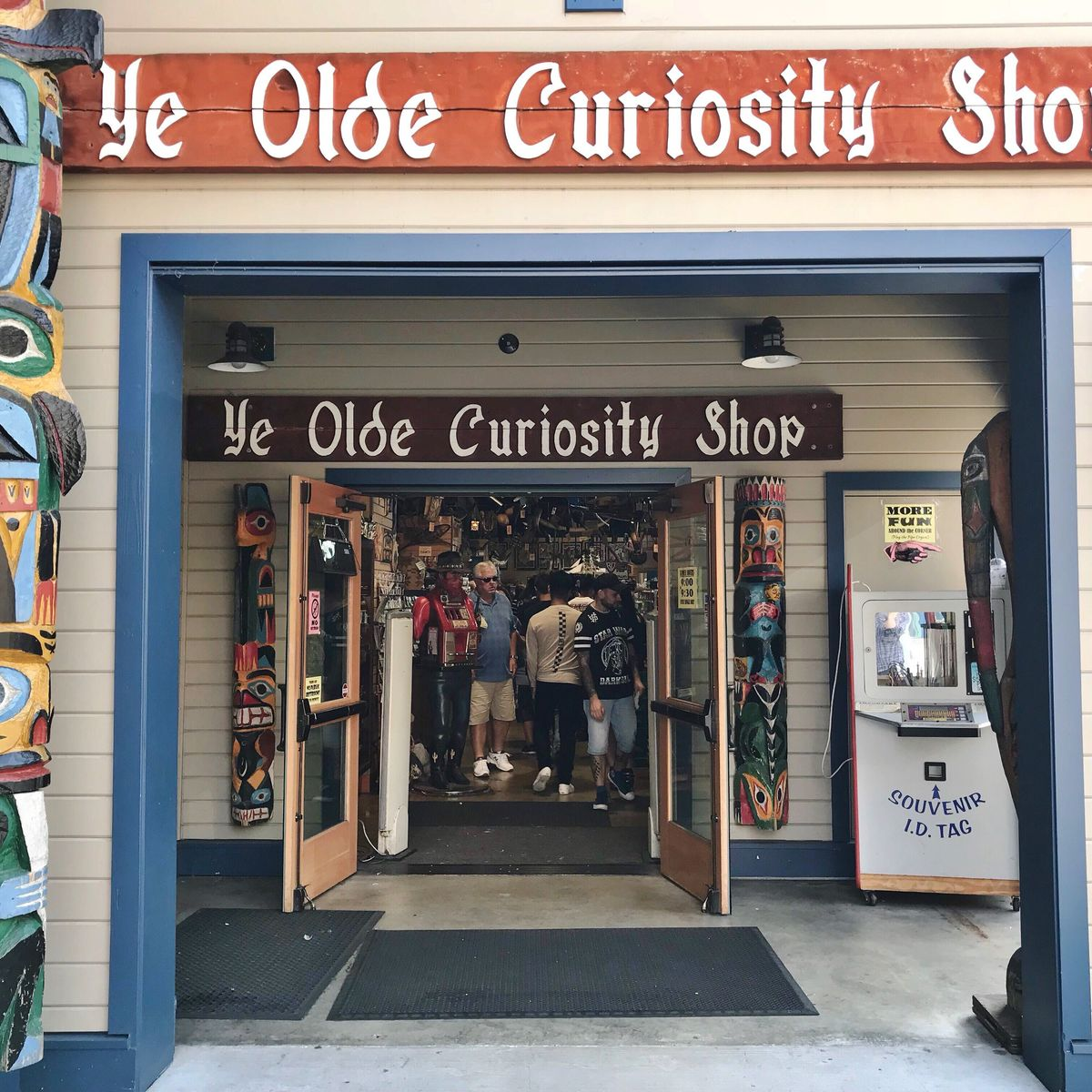 Seattle's Ye Olde Curiosity Shop entrance