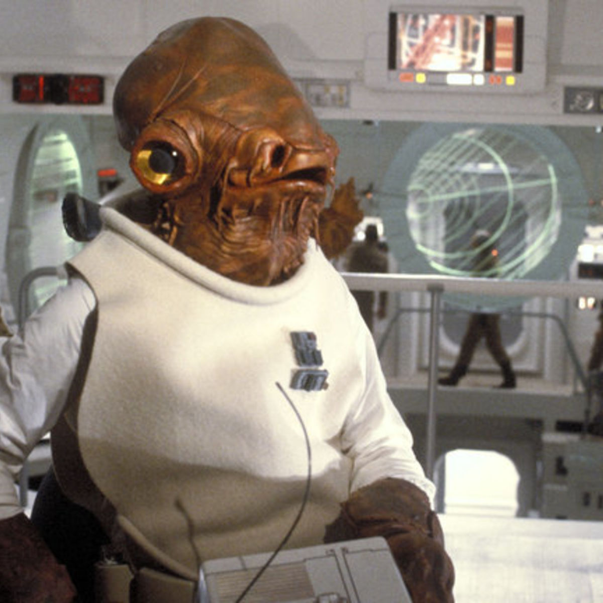 AdmiralAckbar-Star-Wars-2.jpeg