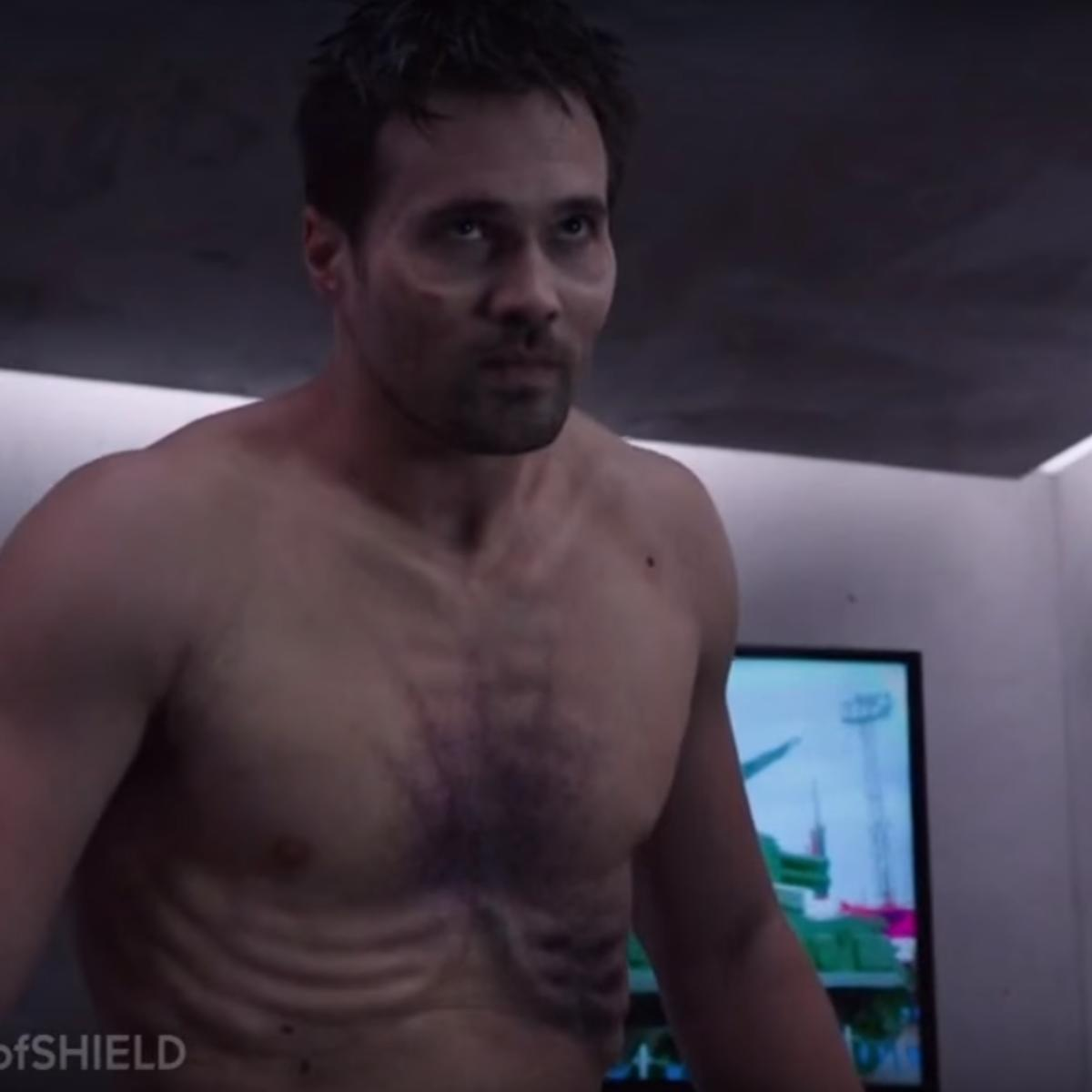 Agents-of-SHIELD-Ward-promo_311.png