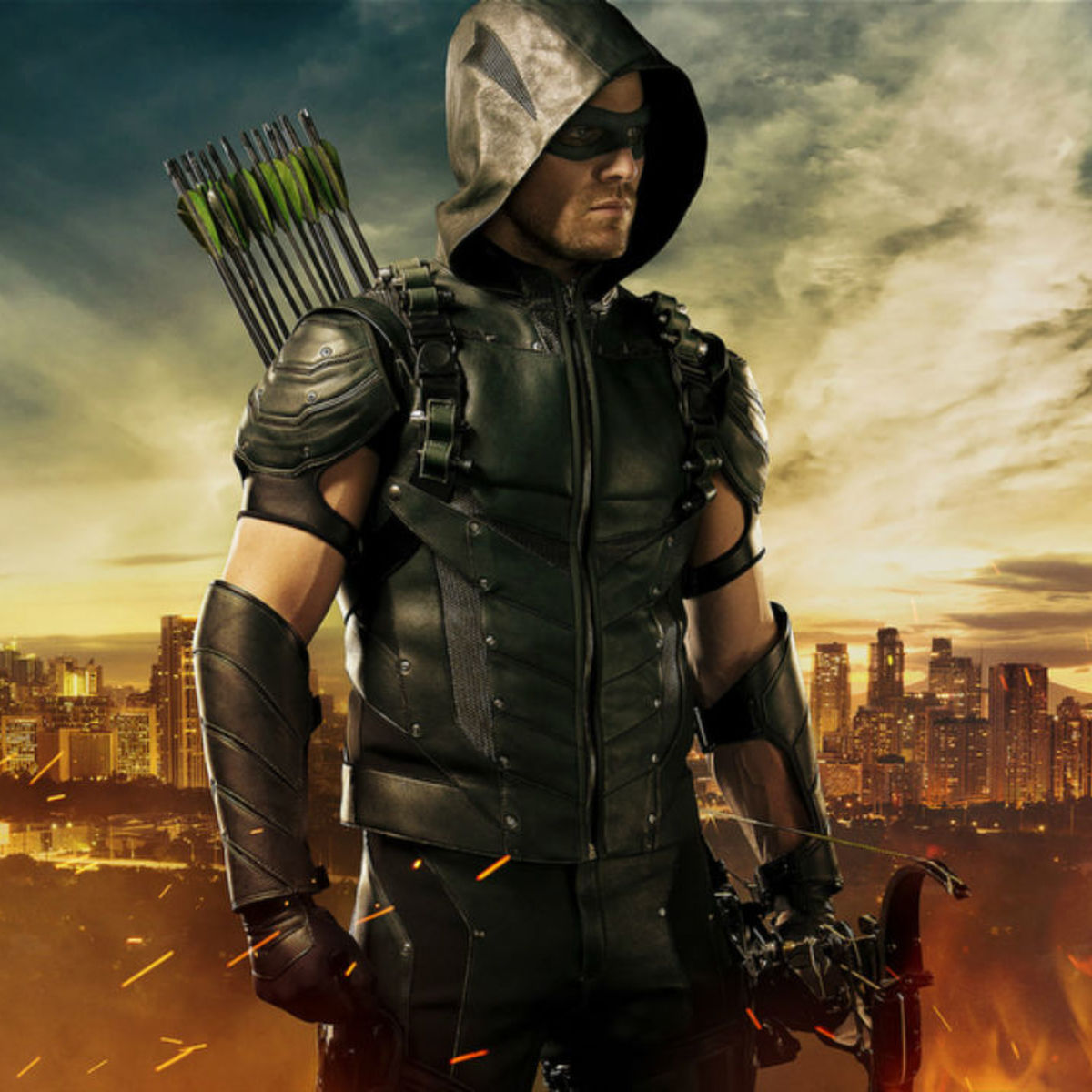 Arrow-Season-4-Costume.jpg