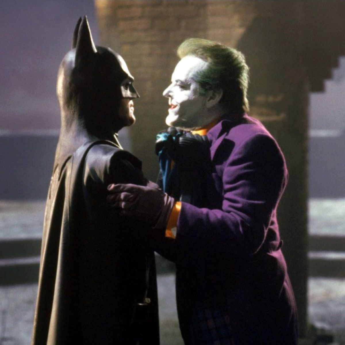 Batman-1989-batman-confronts-the-joker.jpg & Check out this revealing 25-year-old interview with Batman producer ...