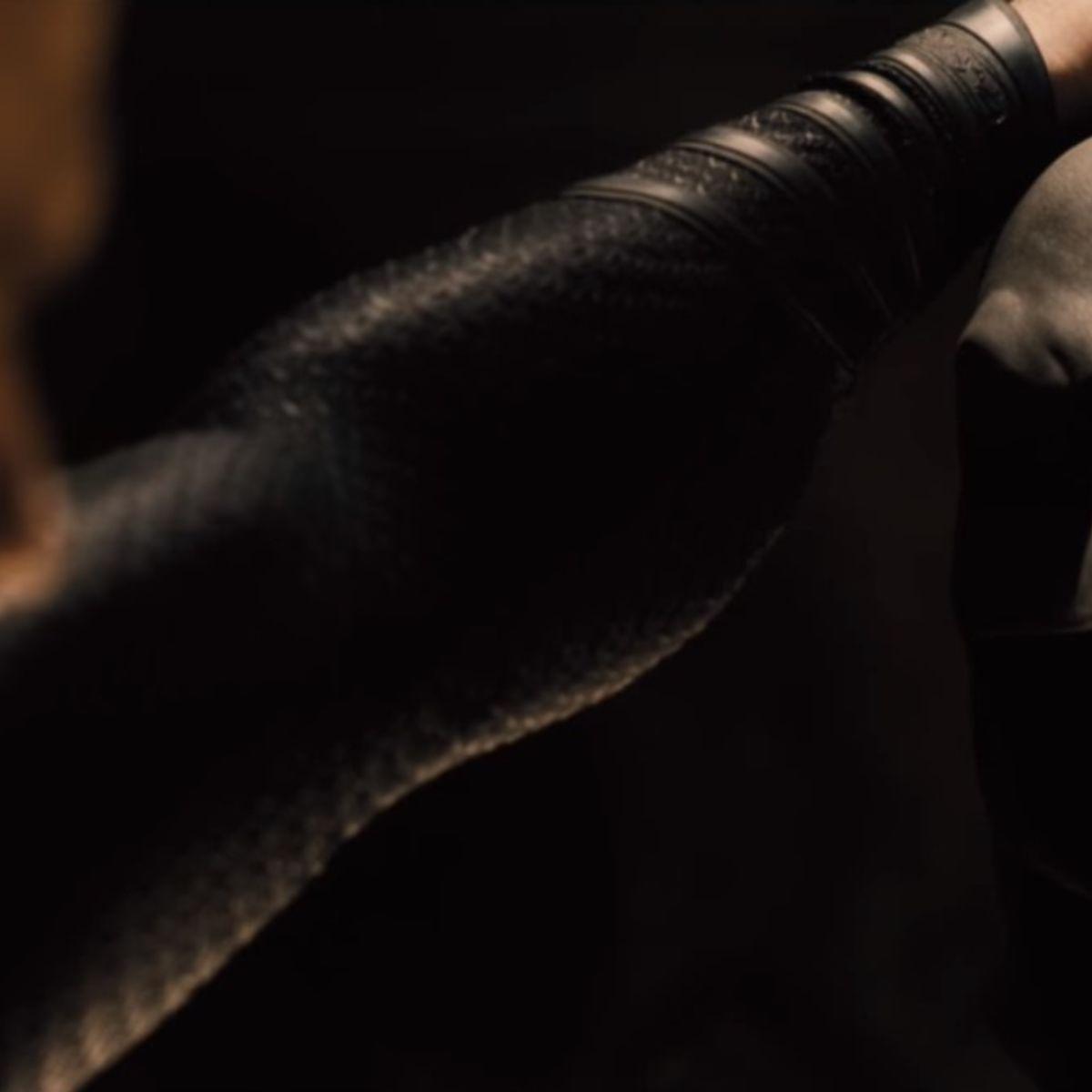 BatmanvSuperman-Sneak-Peek-screenshot_1.jpg