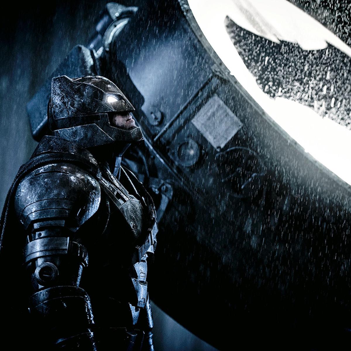 BatmanvSupermanSignal.jpg