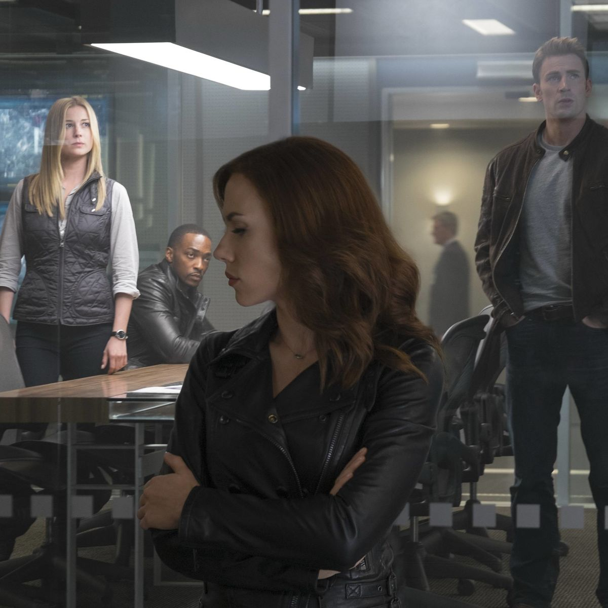 Captain_America_Civil-War-Cap-Black-Widow-Sharon-Falcon.jpg